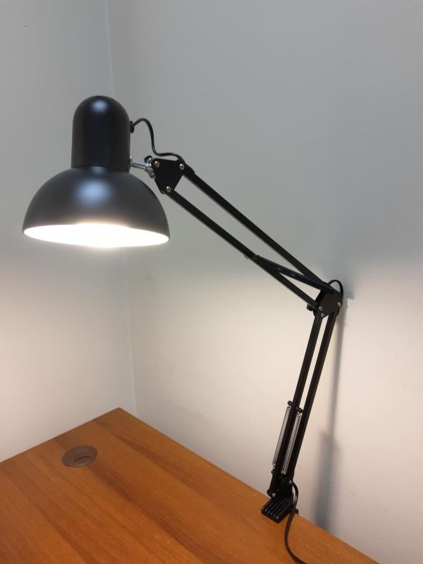 Настольная лампа для маникюра (черная)